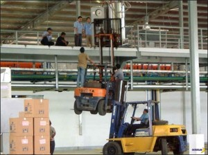 1433408429_workplace_safety_fail_04