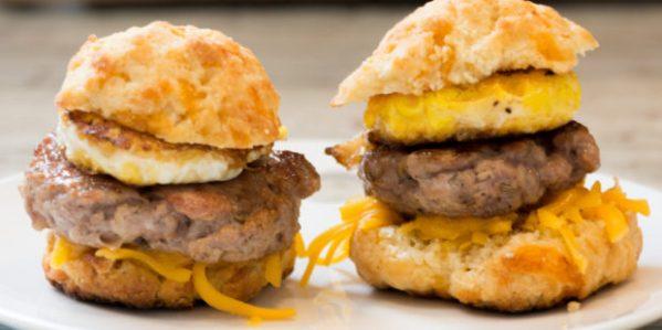 Cheddar-Carbquik-Biscuit-Breakfast-Sandwich-995x498-620x310