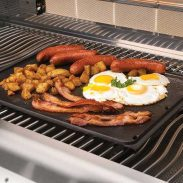 breakfast-skillet_in_use-napoleon-grills-620x620