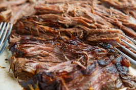 Slow Cooker Balsamic Glazed Roast Beef 800 8605