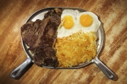 steak-and-egg-breakfast